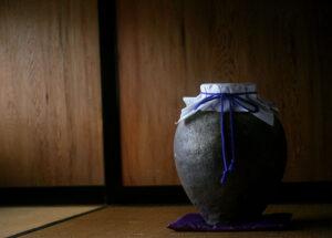 昔から使われている茶壺は今も尚現役
